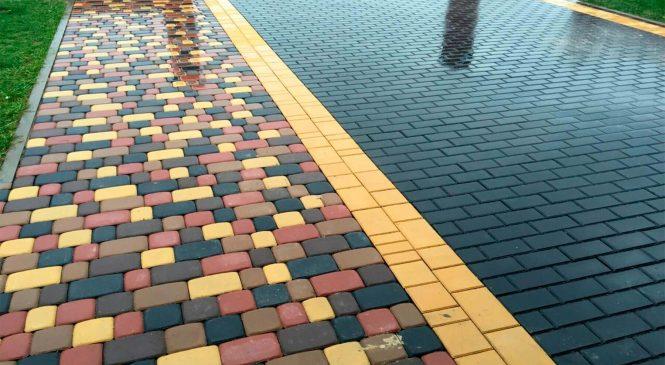 О преимуществах и недостатках укладки тротуарной плитки на даче